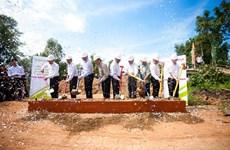 MobiFone tham gia xây dựng cầu nông thôn ở xã Mỹ Thạnh Đông
