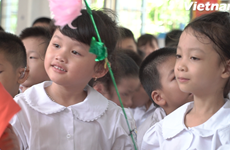 Lễ khai giảng đặc biệt tại Ngôi trường hát Quốc ca bằng tay