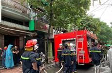 Hà Nội: Cứu hộ thành công nạn nhân trong vụ cháy cửa hàng thời trang