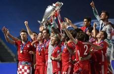 """FC Bayern mùa bóng 'lịch sử"""" 2019-20: 100 chi tiết thú vị (Phần 1)"""