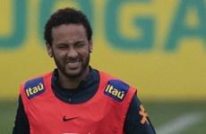 """Neymar bị cảnh sát """"hỏi thăm"""" vì liên quan đến nghi án hiếp dâm"""