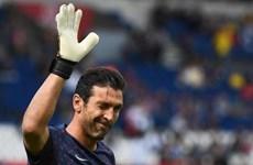 Gianluigi Buffon nói lời chia tay với Paris Saint-Germain
