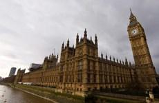 Trụ sở Quốc hội Anh phải sơ tán khẩn cấp do báo cháy