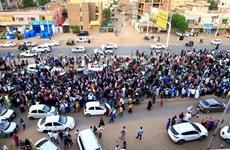 Các bên xung đột tại Sudan ký thỏa thuận chia sẻ quyền lực