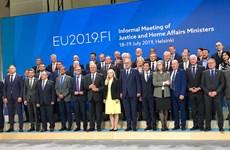 """EU vẫn chia rẽ về """"cơ chế thống nhất"""" trong việc tiếp nhận người di cư"""