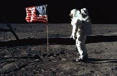 Nhà du hành Neil Armstrong và kỳ tích trên Mặt Trăng