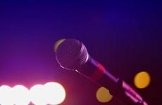 Người đàn ông Trung Quốc phải nhập viện vì hát karaoke quá 'sung'