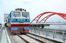 Thông tuyến cầu đường sắt Bình Lợi mới qua sông Sài Gòn