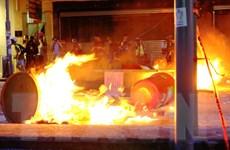 Giới chức Hong Kong kêu gọi người dân chấm dứt bạo lực