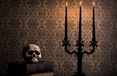 Những món đồ trang sức mang phong cách ma quái nhân dịp Halloween