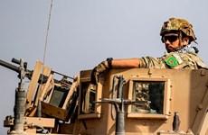 Người dân Syria chặn đường, ném đá phản đối việc Mỹ rút quân