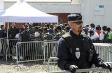 Giới chức Pháp quyết tâm siết chặt kiểm soát dòng người di cư