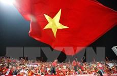 Cổ động viên Việt Nam 'đốt cháy' sân vận động Mỹ Đình