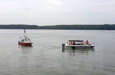 Thông tuyến luồng tạm cho các tàu lớn đi qua sông Lòng Tàu