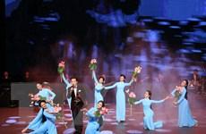 Các tiết mục đặc sắc kỷ niệm Tuần Văn hóa Việt Nam tại Lào