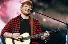 """Ed Sheeran được trao danh hiệu """"Nghệ sỹ của thập kỷ"""""""
