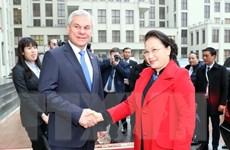 Chủ tịch Quốc hội Nguyễn Thị Kim Ngân gặp gỡ Chủ tịch Hạ viện Belarus