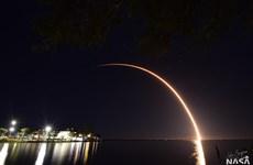 SpaceX phóng cùng một lúc 60 vệ tinh Starlink vào không gian