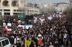 Giẫm đạp khiến hàng chục người thiệt mạng tại lễ tang tướng Soleimani