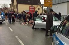 Đức: Xe đâm vào đám đông, ít nhất 10 người bị thương