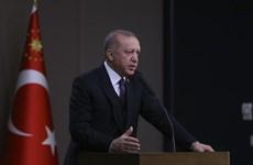 Thổ Nhĩ Kỳ kêu gọi Hy Lạp mở cửa cho người di cư vào châu Âu
