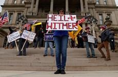 Người dân Michigan mang súng đi biểu tình đòi dỡ bỏ phong tỏa