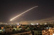 Syria: Hình ảnh về vụ tấn công tên lửa ở gần thủ đô Damascus