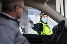 Thụy Sĩ điều chỉnh quy định về phòng dịch sau khi nới lỏng hạn chế
