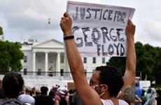 Người biểu tình tìm cách đột nhập, phá hoại trụ sở Bộ Tài chính Mỹ
