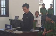 Nam thanh niên lĩnh án 15 năm tù giam do chém người