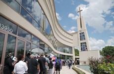 Hàng nghìn người dân tại Houston đến dự lễ viếng của George Floyd