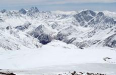 Thị trấn vùng Bắc Cực ghi nhận mức nhiệt cao kỷ lục