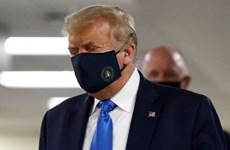 Tổng thống Mỹ bất ngờ kêu gọi người dân đeo khẩu trang