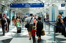 Bộ Ngoại giao Mỹ gỡ bỏ khuyến cáo về việc tránh ra nước ngoài