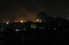 Israel không kích hàng loạt mục tiêu quân sự ở Syria