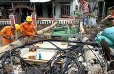 EVN miền Trung giải thích lý do cột điện gãy đổ trong bão số 5