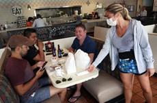 Mỹ: Florida dỡ bỏ tất cả các hạn chế đối với nhà hàng, quán bar