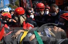 Giới chức Thổ Nhĩ Kỳ gấp rút tìm kiếm người sống sót sau động đất