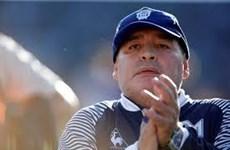 Huyền thoại bóng đá Diego Maradona bất ngờ phải nhập viện