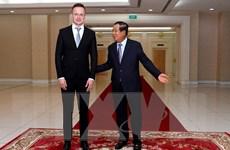Thủ tướng Campuchia yêu cầu người tiếp xúc quan chức Hungary cách ly