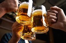 Bắt đầu phạt tiền hành vi ép uống rượu bia, uống trong giờ làm việc