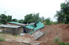Đắk Lắk: Sạt lở khoảng 1.000 khối đất đá tại Quốc lộ 26