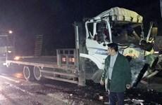 Tai nạn trên cao tốc Nội Bài-Lào Cai, hai người tử vong