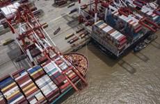 Xuất khẩu hàng hóa của Trung Quốc tăng vọt trong tháng 11