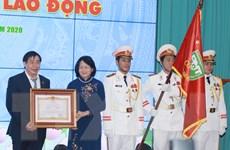 Đại học Y khoa Phạm Ngọc Thạch nhận danh hiệu AHLĐ thời kỳ đổi mới