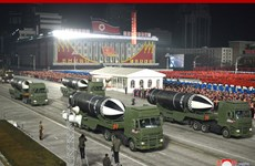 Triều Tiên duyệt binh chào mừng thành công Đại hội Đảng