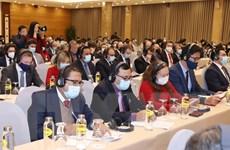 Các nhà ngoại giao tin tưởng Việt Nam tiếp tục vững bước đi lên