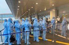 [Video] Truy vết ca nhiễm, tiến hành khử khuẩn tại sân bay Vân Đồn