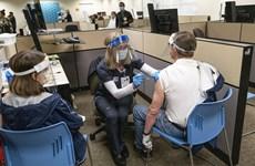 Mỹ: FDA sẵn sàng linh hoạt trong cấp phép vắcxin COVID-19