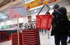 """Hungary: Độc đáo giỏ mua hàng """"Độc thân"""" nhân ngày Valentine"""